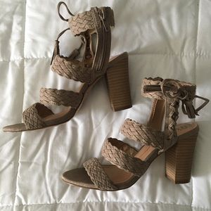 ☀️-DAY SALE! XOXO braided strappy sandal wedges